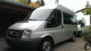 Ford Transit Bus tila-auto