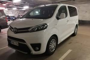 Toyota Proace Bus
