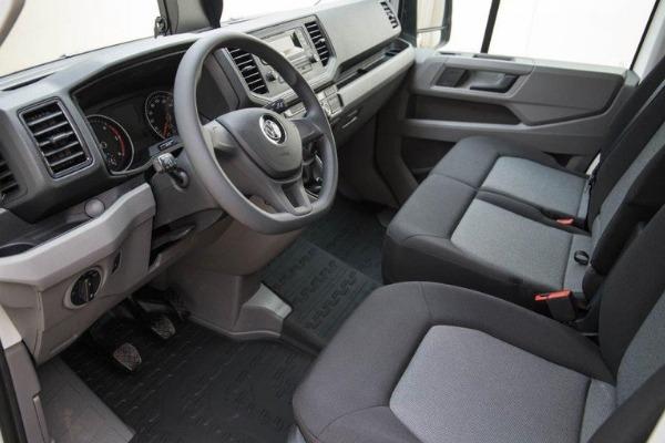 VW Crafter pakettiauto